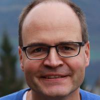 Dr.DominiqueBecht, propriétaire de bestideasgroup SA & directeur général Solomania Sàrl