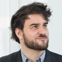 Hannes Gassert, Imprenditore nel ramo tecnologico