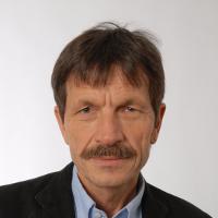 Prof.em.Dr. UeliMäder, Soziologe Universität Basel
